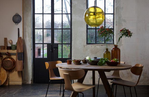 Be Pure Stoel : Form houten stoel met metalen poot bruin stoelen woonkamer